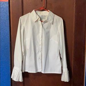 AGB women's medium dress shirt